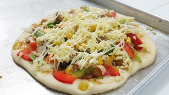 Học làm bánh Pizza của Nhật Bản (okonomiyaki)