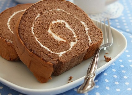 Cách làm bánh cuộn chocolate xinh xắn