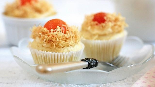 Cách làm bánh Cupcake trứng muối ngon ơi là ngon