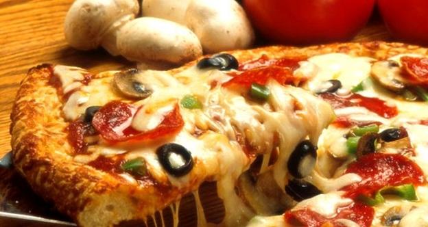 Bí quyết làm pizza bằng lò vi sóng
