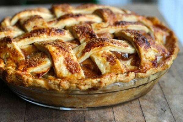"""Cách làm bánh pie khoai môn """"bất bại"""" cho chị em trổ tài"""