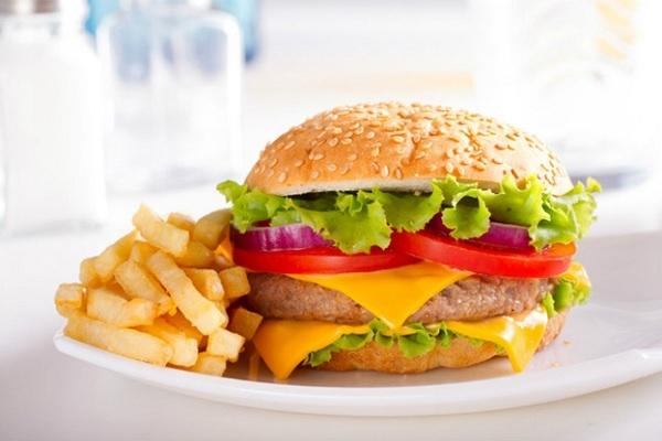 Bữa sáng rộ ràng với công thức hamburger bò