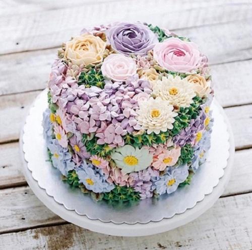 16 chiếc bánh kem hoa cỏ mùa xuân chạm ngưỡng nghệ thuật
