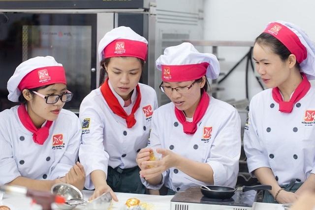 Địa Chỉ Học Làm Bánh Ở TPHCM uy tín chuyên nghiệp