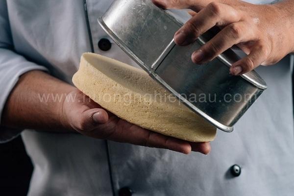 Cách làm bánh bông lan bằng bột Mikko cực dễ đây rồi!