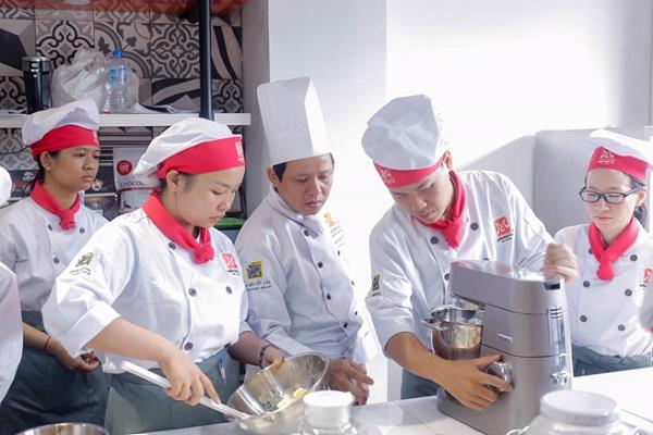 Cơ hội rộng mở khi học làm bánh tại Rạch Giá - Kiên Giang
