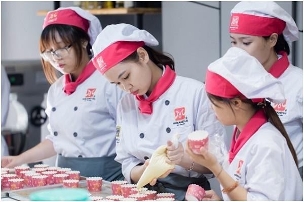 Ở Quy Nhơn bạn có thể học làm bánh ở đâu?