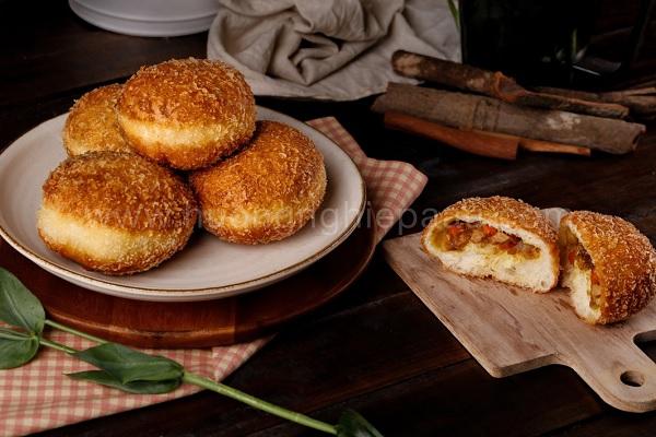 Cách làm bánh mì nhân cà ri curry bread cực hấp dẫn