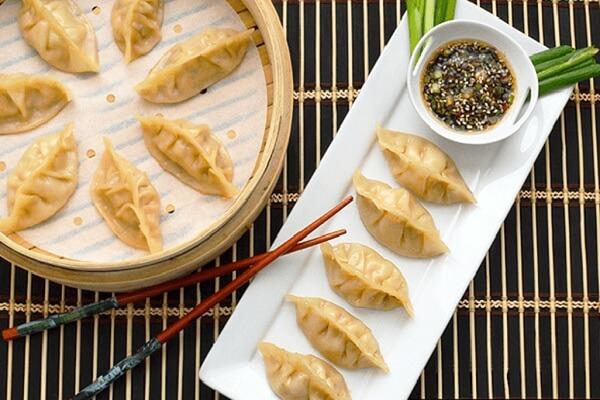Học cách làm bánh sủi cảo thơm ngon chuẩn vị Trung Hoa
