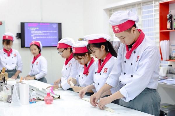 Điểm danh những nghề lương cao không cần bằng Đại học ở Việt Nam