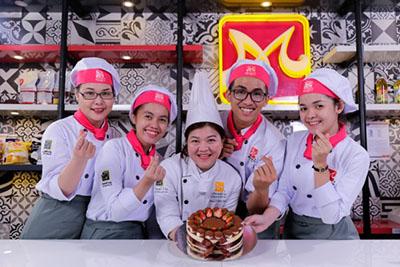 Bếp Trưởng Bếp Bánh