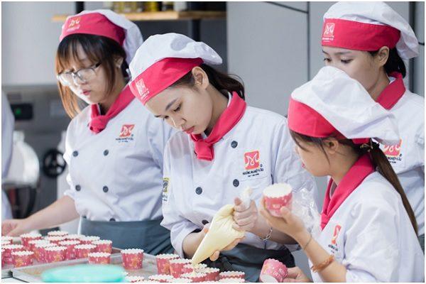 học nghề làm bánh