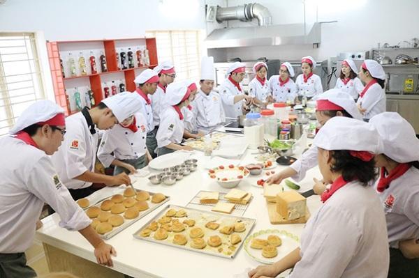 khóa học làm bánh mì Tại HNAAu