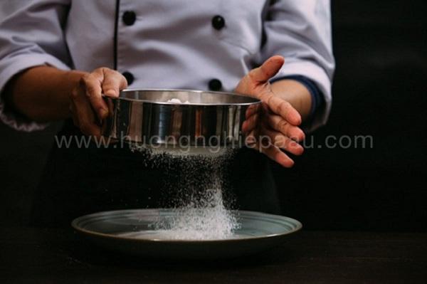 Làm bánh gato với cake flour