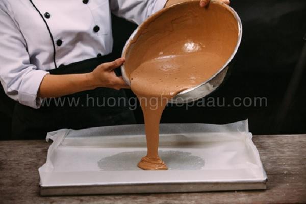 màu nâu với bột cacao