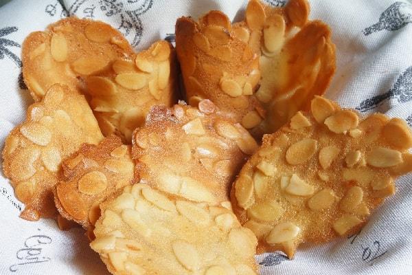 bánh ngói tuiles thơm giòn