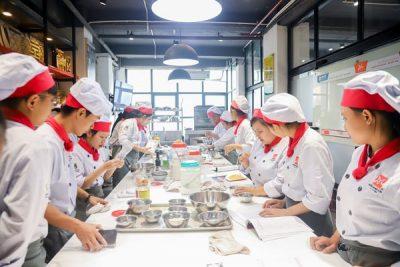 học làm bánh Việt kinh doanh